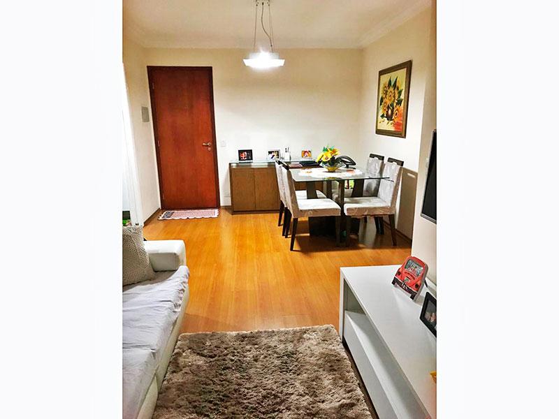 Jabaquara, Apartamento Padrão-Sala em L com piso laminado, teto com moldura de gesso e acesso a sacada.
