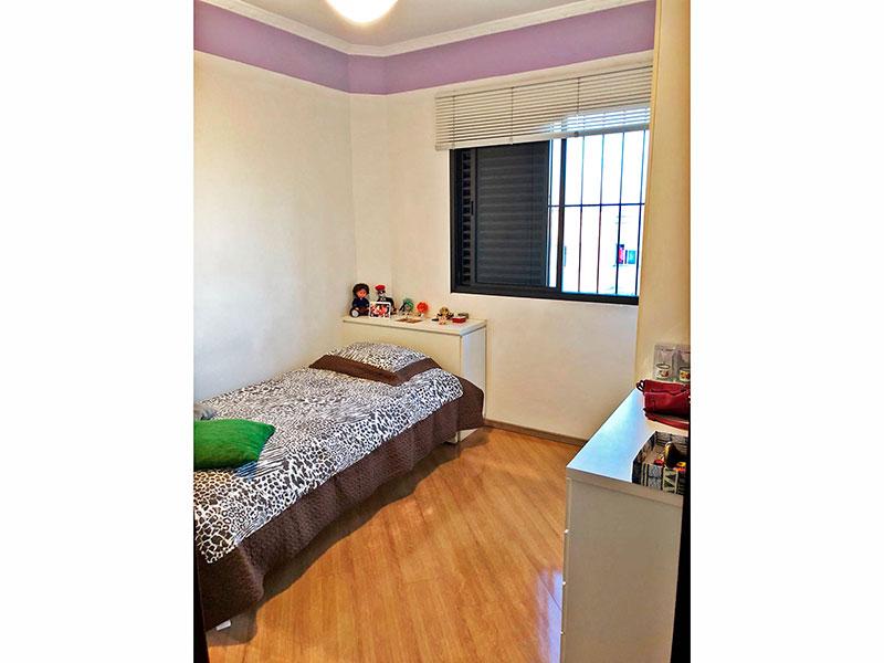 Ipiranga, Apartamento Padrão-3º Quarto com piso laminado, teto com moldura de gesso, armários planejados e embutidos.