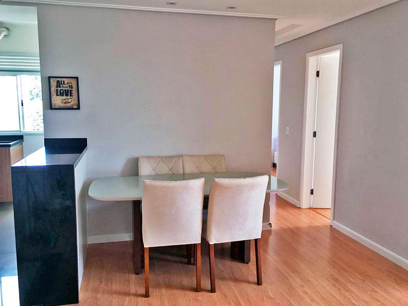Sacomã, Apartamento Padrão-Sala em L com piso laminado, teto com sanca e iluminação embutida.