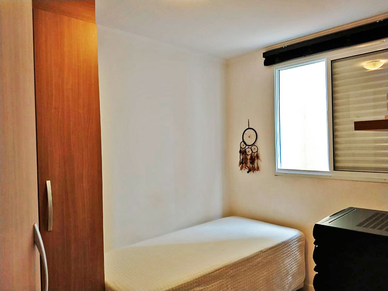 Sacomã, Apartamento Padrão-1º Quarto com piso de cerâmica e armários planejados.