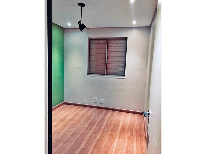 Sacomã, Apartamento Padrão-3º Quarto com piso laminado, teto com sanca e iluminação embutida.