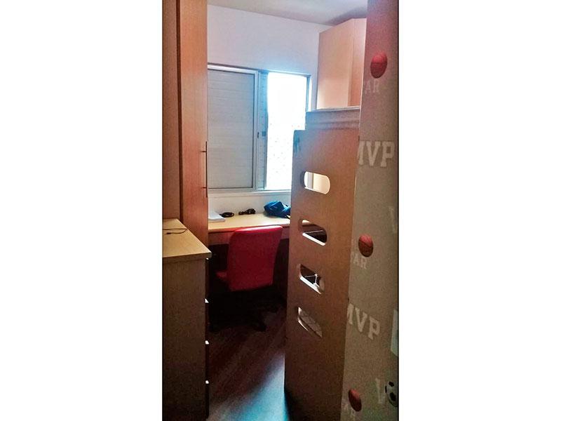 Sacomã, Apartamento Padrão-3º Quarto com piso de madeira.