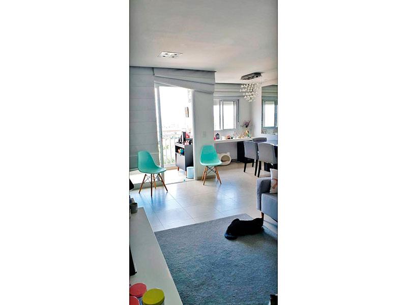 Sacomã, Apartamento Padrão - Sala ampliada (com o 3º quarto), com piso de cerâmica, teto com sanca, iluminação embutida e acesso a varanda.