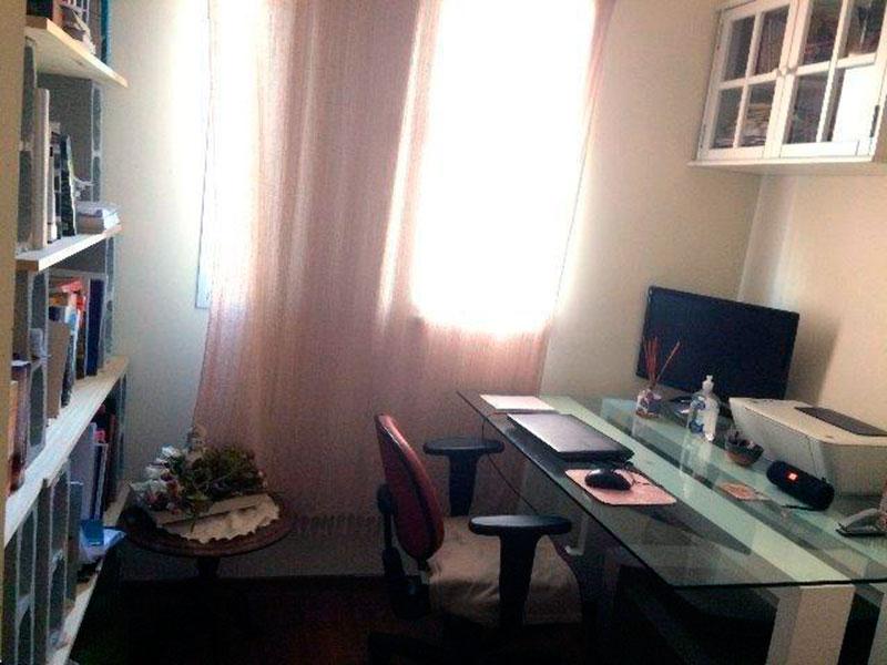 Ipiranga, Apartamento Padrão-3º Quarto com piso laminado.