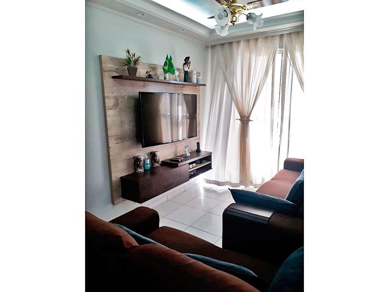 Sacomã, Apartamento Padrão-Sala com piso de cerâmica, teto com sanca de gesso, iluminação embutida e acesso a sacada.