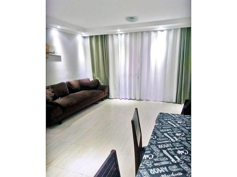 Sacomã, Apartamento Padrão - Sala com piso de cerâmica, teto com sanca de gesso, iluminação embutida e acesso a varanda gourmet.