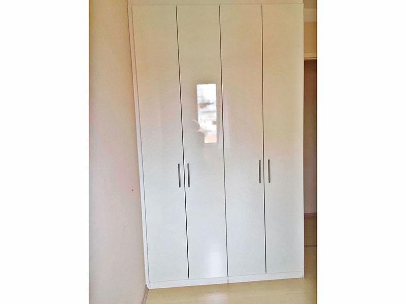 Sacomã, Apartamento Padrão-2º Quarto com piso laminado,te to com moldura de gesso e armários planejados.