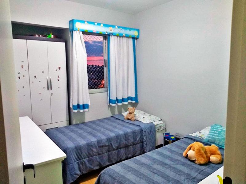 Sacomã, Apartamento Padrão-2º Quarto com piso laminado e armários.