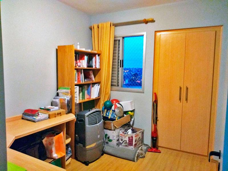Sacomã, Apartamento Padrão-3º Quarto com piso laminado, armários planejados e embutidos.
