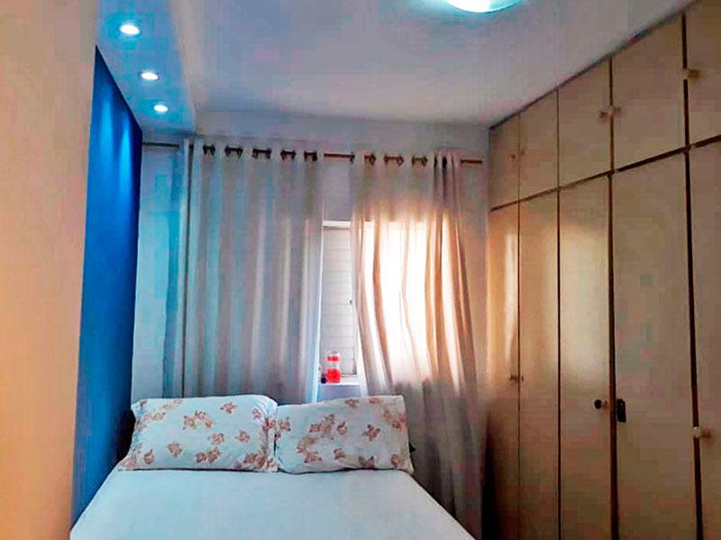 Jabaquara, Apartamento Padrão-1º Quarto com piso de cerâmica, iluminação embutida e armários planejados.