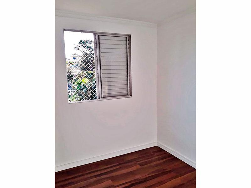 Jabaquara, Apartamento Padrão-2º Quarto com piso laminado e teto com moldura de gesso.