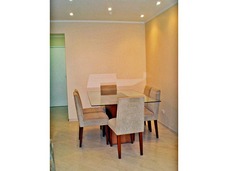 Sacomã, Apartamento Padrão-Sala com piso laminado, teto com moldura de gesso e iluminação embutida.