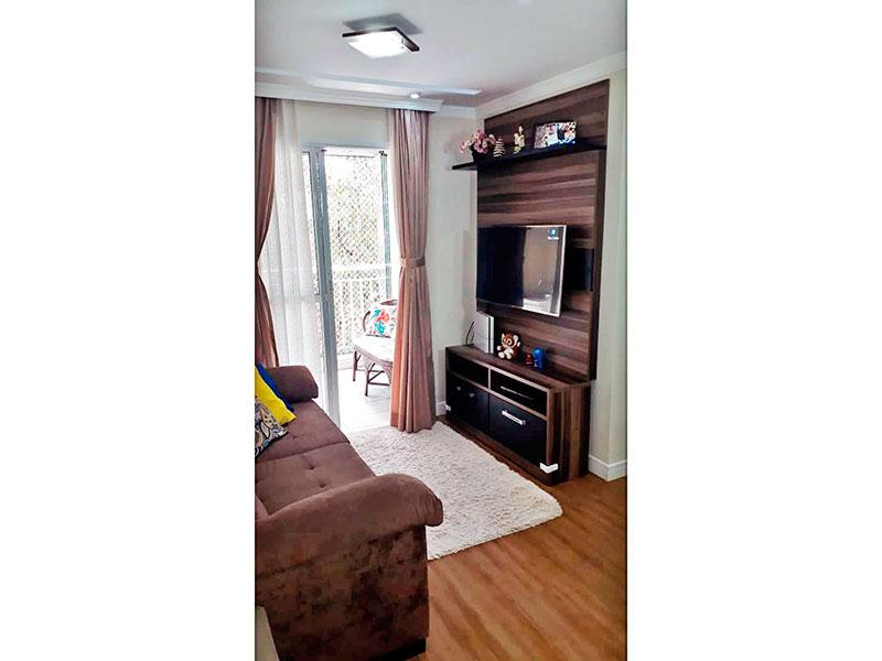 Sacomã, Apartamento Padrão - Sala com piso laminado, teto com sanca de gesso, iluminação embutida e acesso a varada gourmet.
