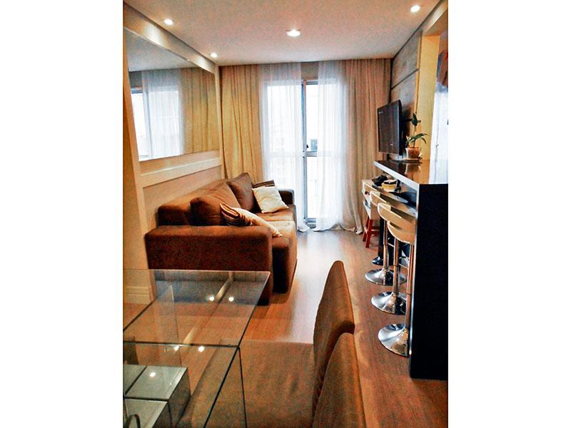 Sacomã, Apartamento Padrão - Sala com piso laminado, teto com sanca, iluminação embutida e acesso a varanda.