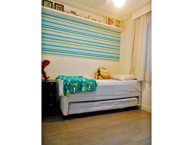 Sacomã, Apartamento Padrão-2º Quarto com piso laminado, teto com sanca de gesso e armários embutidos.