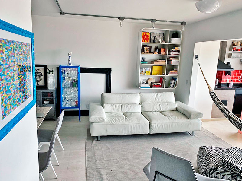 Ipiranga, Apartamento Padrão-Sala em L integrada com a varanda gourmet, com piso de cerâmica.