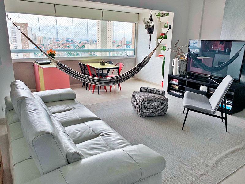 Ipiranga, Apartamento Padrão - Sala em L integrada com a varanda gourmet, com piso de cerâmica.