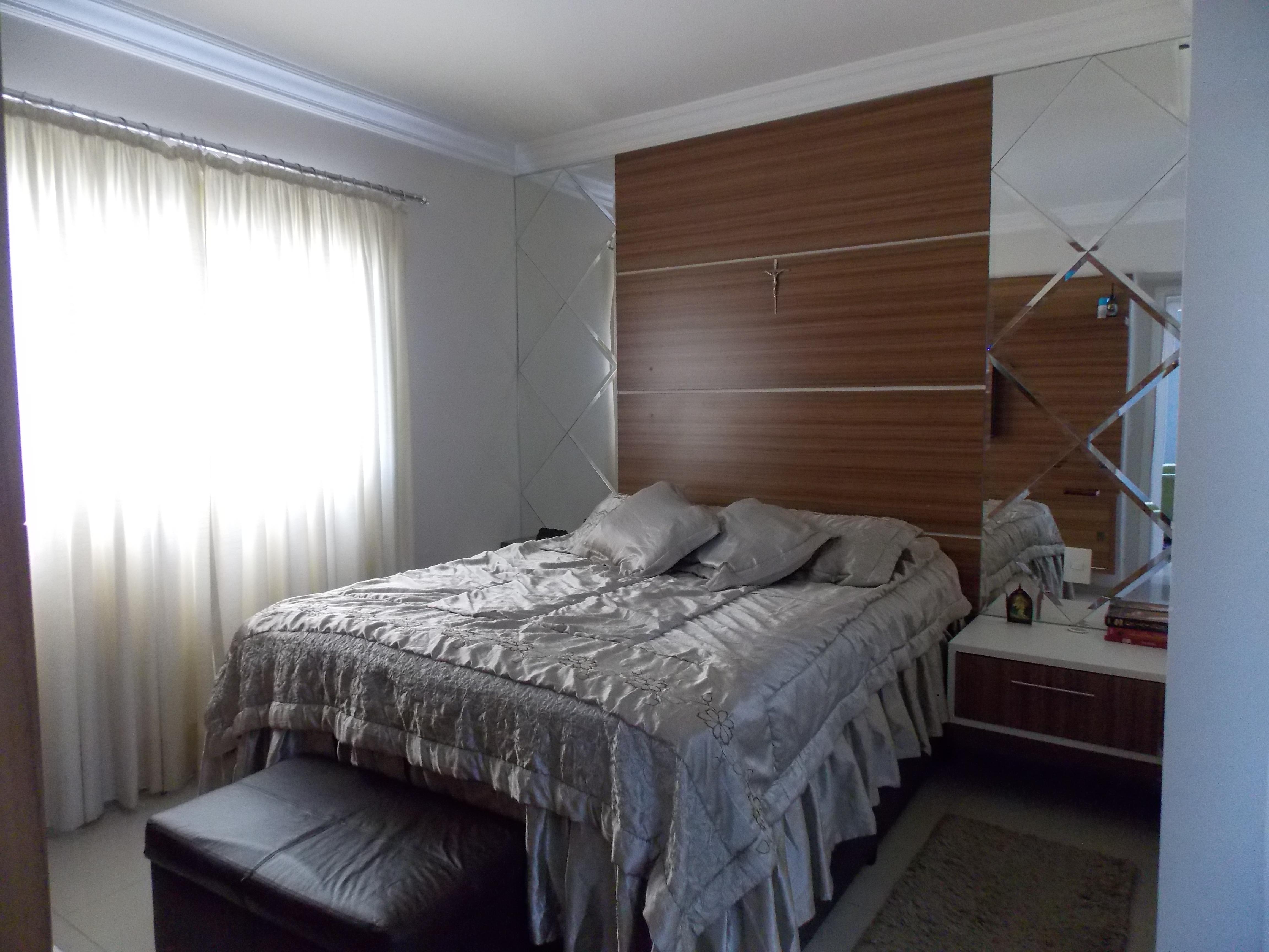 Jabaquara, Apartamento Padrão-Suíte com piso porcelanato, sanca de gesso e  armários planejados