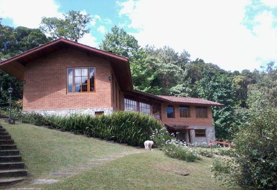 Casa à venda, Jardim da Represa, Monte Verde