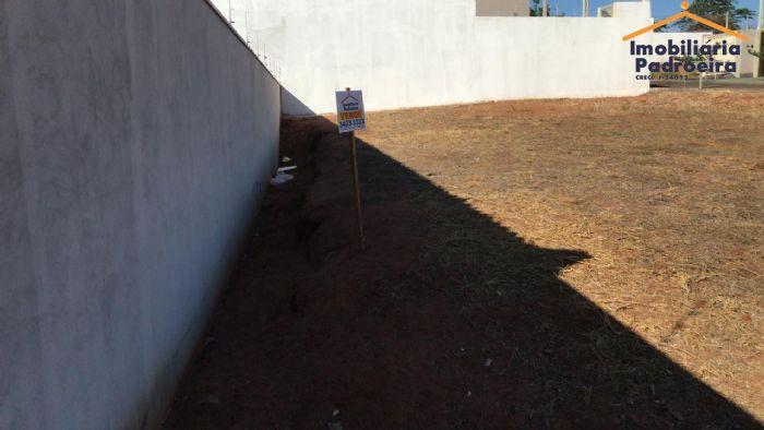 Terreno à venda, Jardim Residencial Belas Águas,