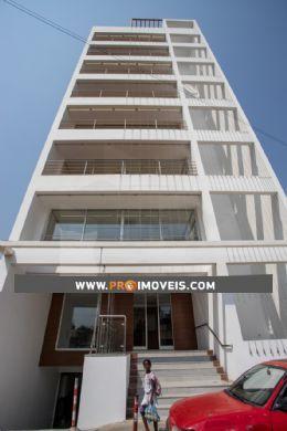 Prédio Comercial para arrendar, Maculusso, Luanda