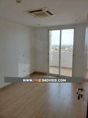 Apartamento para arrendar, Rangel, Luanda