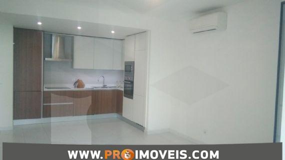 Apartamento para arrendar, Kinaxixi,