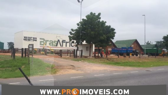 Terreno à venda, Aldeia de Mazozo, Luanda