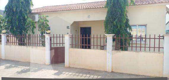 Casa à venda, Viana, Luanda