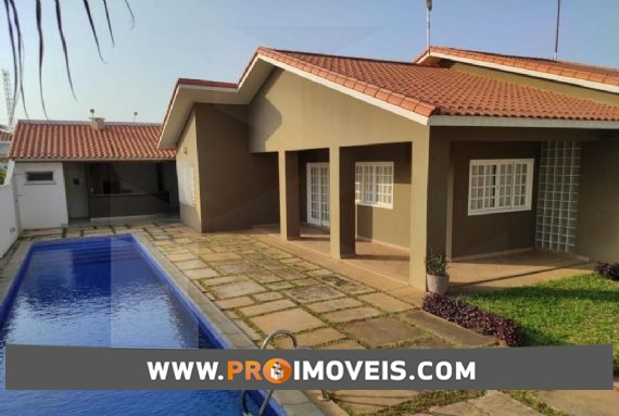 Casa à venda, Talatona, Luanda