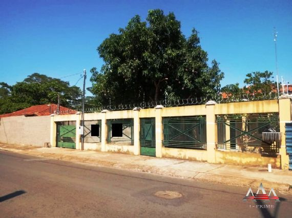 Casa à venda/aluguel, Jardim Alencastro, Cuiabá