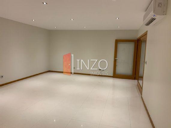 Apartamento à Venda, Talatona,